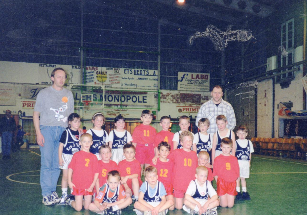 Baby 4 1997 - 1998 Amical contre Tubize